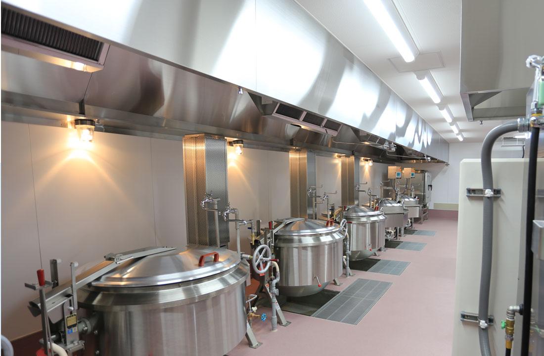 足立区立鹿浜五色桜小学校 - 給食室